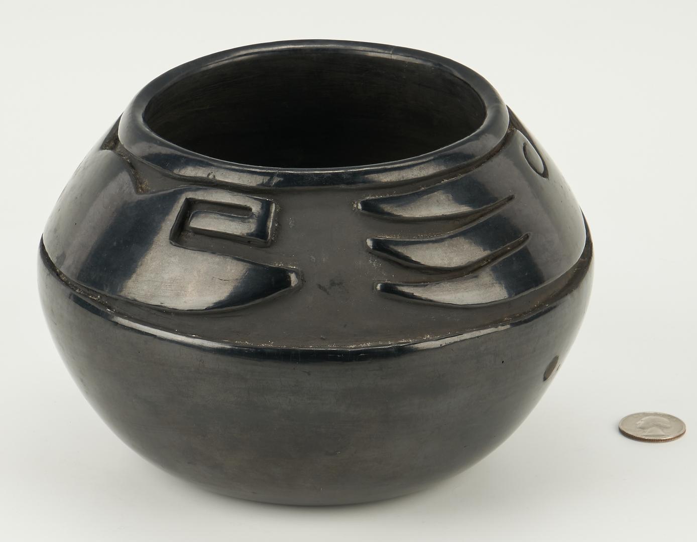 Lot 671: 2 Native American Santa Clara Pottery Items, incl. Mida Tafoya