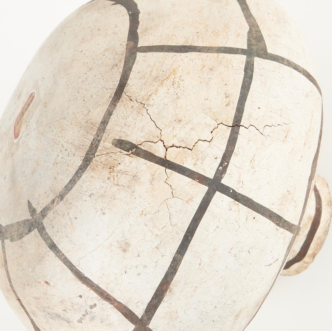 Lot 687: Pre-Historic Anasazi Black on White Cup & Jar