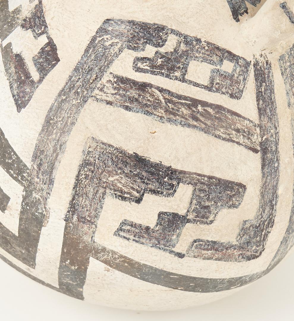 Lot 689: 2 Native American Anasazi Black on White Seed Jars