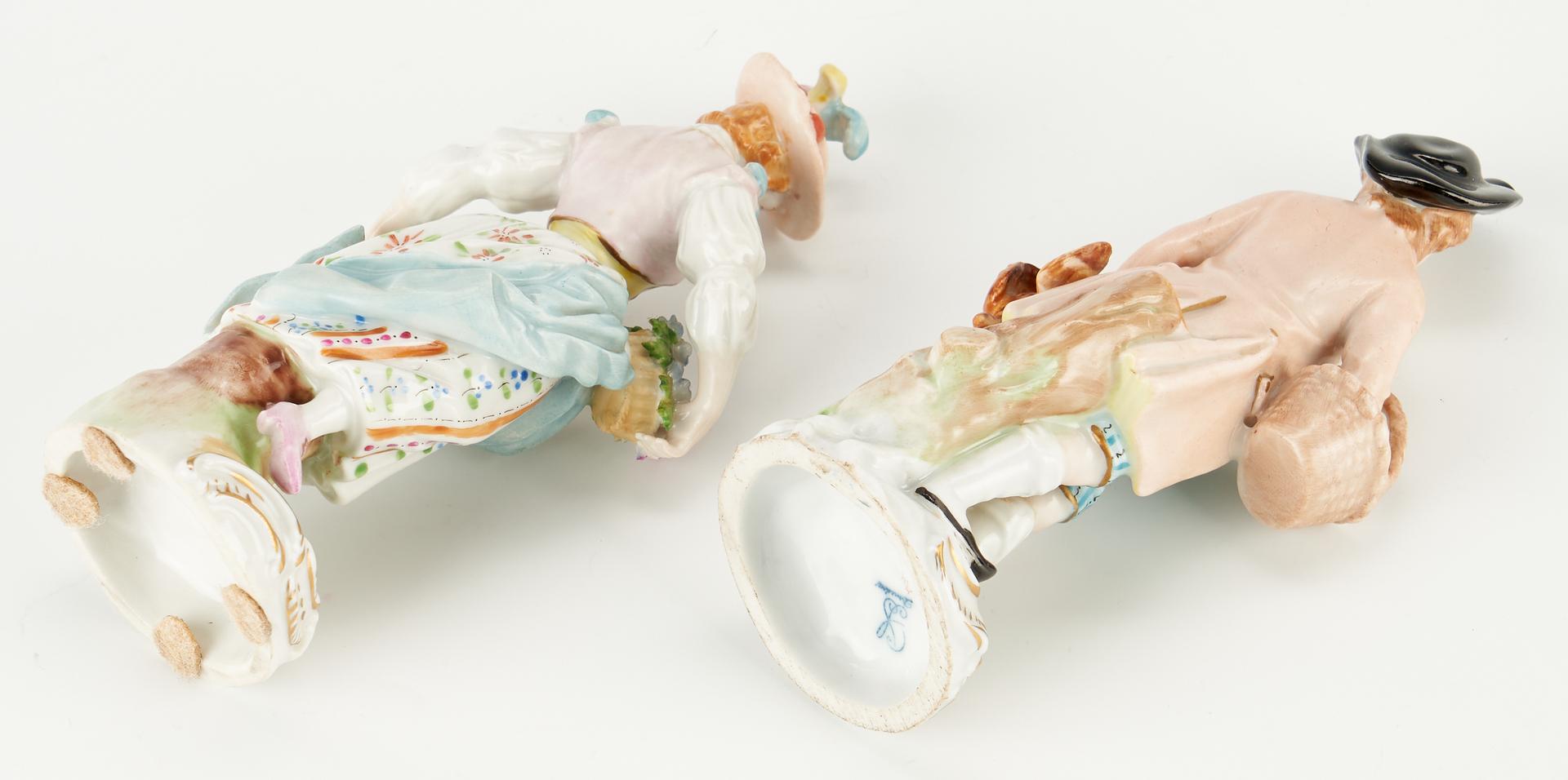 Lot 956: Group of 6 European Porcelain Items