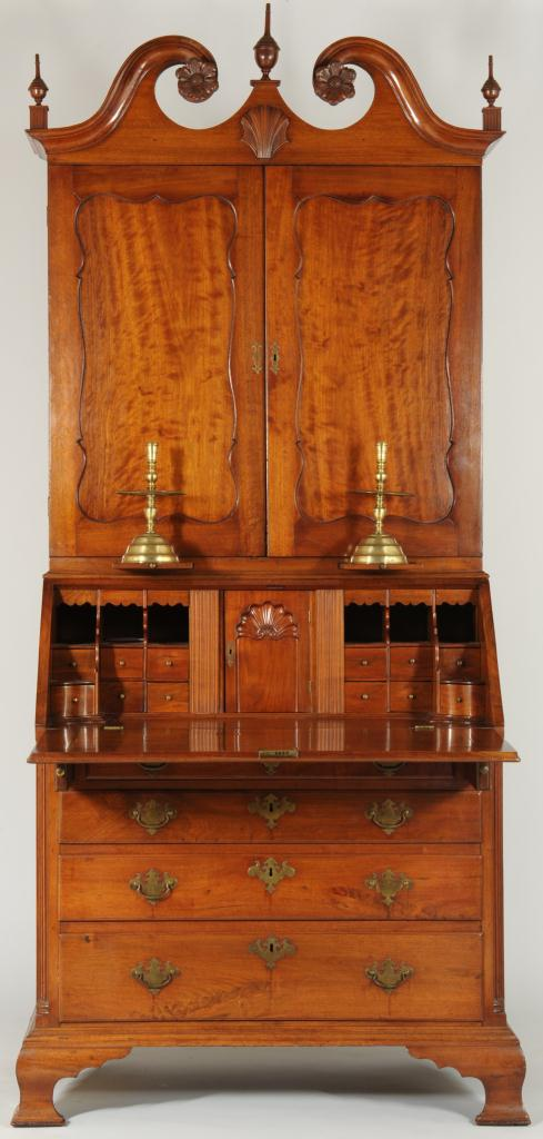 Lot 119: 18th Century Philadelphia Desk & Bookcase