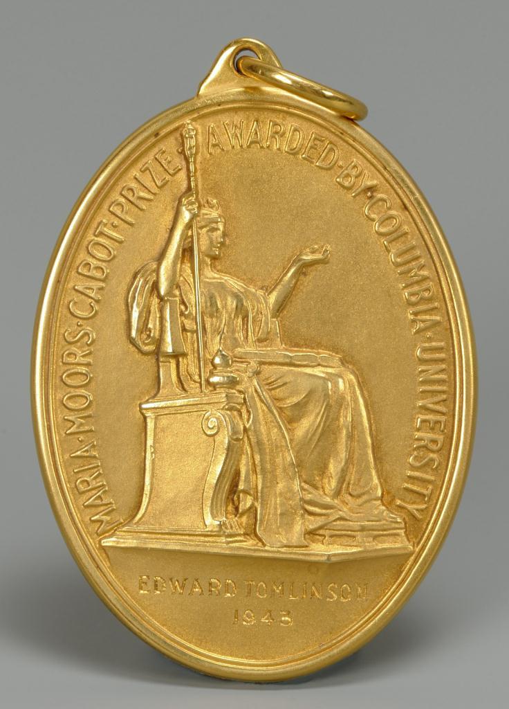 Lot 149: Tiffany 18KT Columbia University Prize Medal