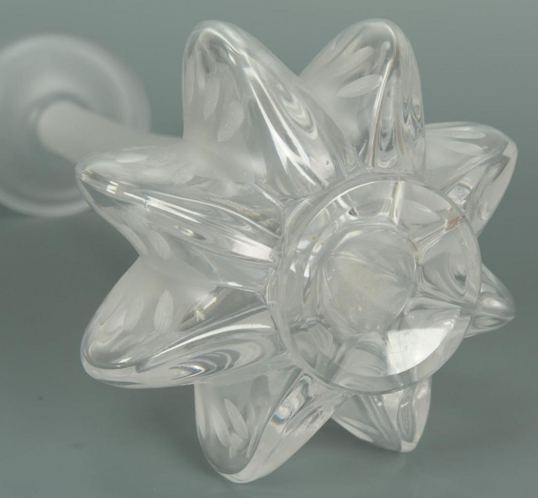 Lot 231: Lalique Claude Vase