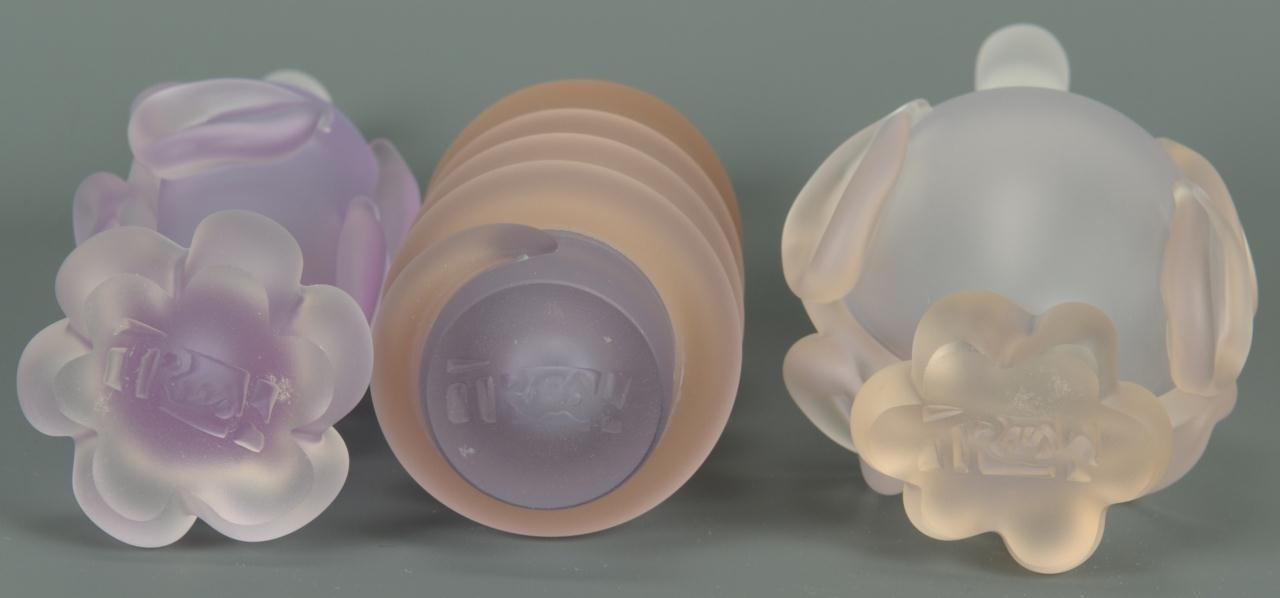 Lot 236: 3 Pieces of Contemporary Glass by Tommi Rush