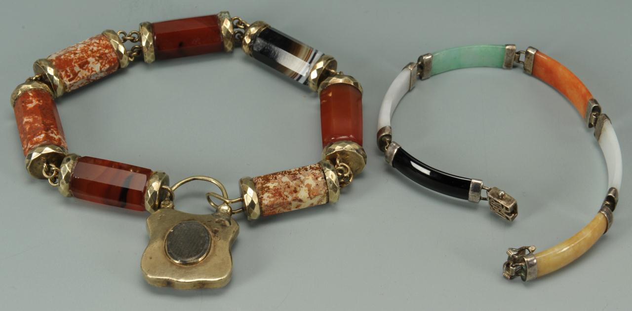 Lot 277: Agateware & stone jewelry items, 10K & silver
