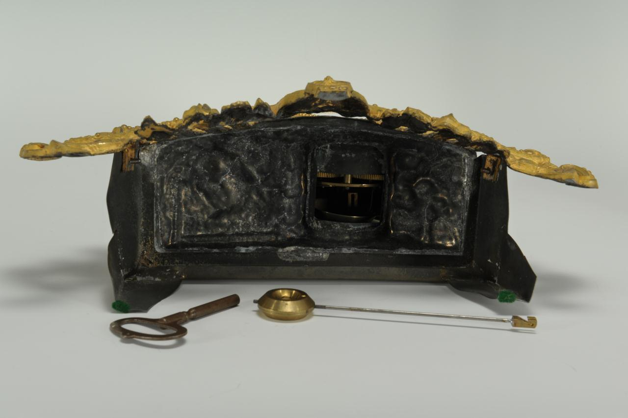 Lot 311: French Figural Bagpiper Clock under Dome