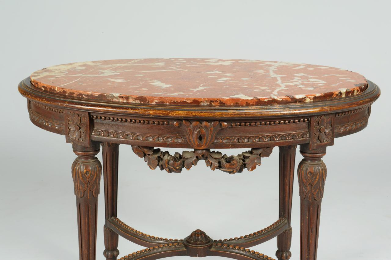 Lot 383: Elaborately Carved Italian Marble Stand