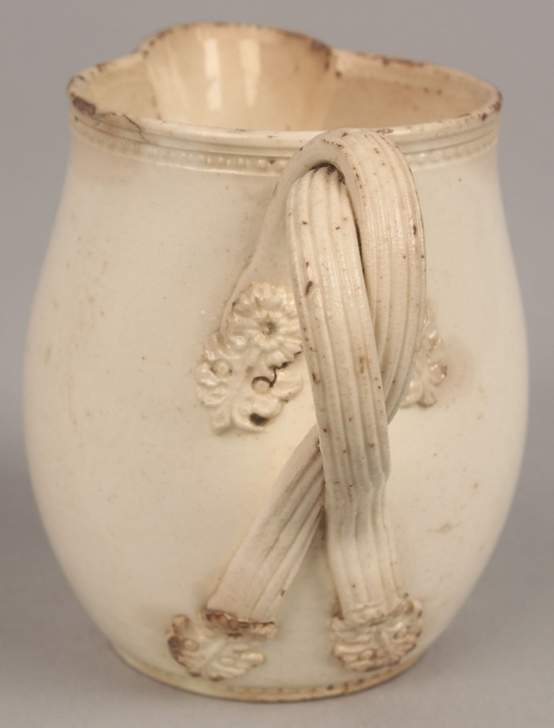 Lot 449: Creamware bowl w/ stag crest and creamer