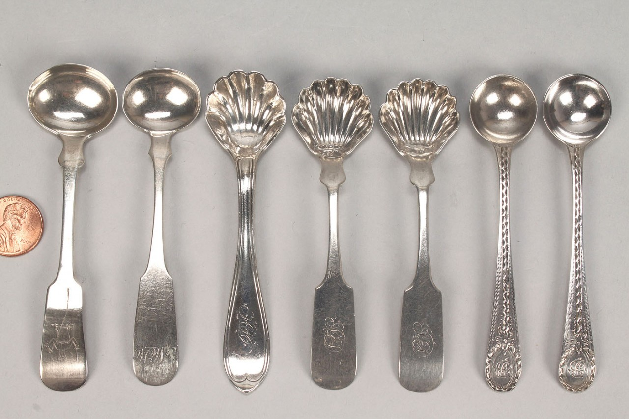 Lot 455: 16 pcs American Federal Coin Silver flatware