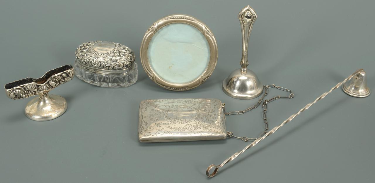 Lot 468: 6 sterling silver decorative novelty items