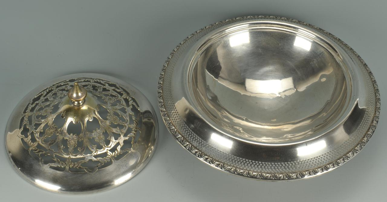 Lot 481: Sterling centerpiece bowl with flower frog