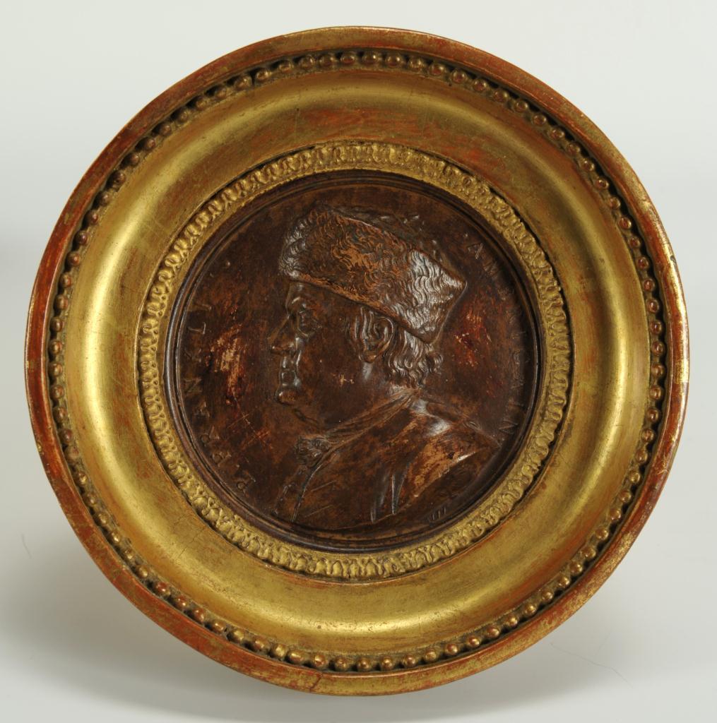 Lot 497: 3 Miniature Portraits: Louis XIV, Franklin, French