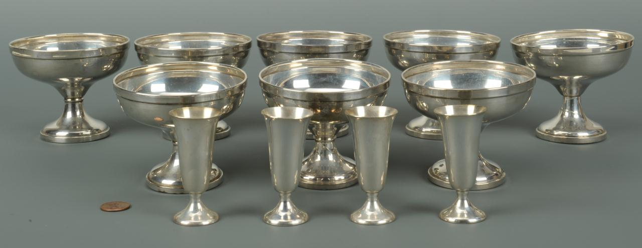 Lot 580: Sterling sherberts and cordials, 12 pcs.