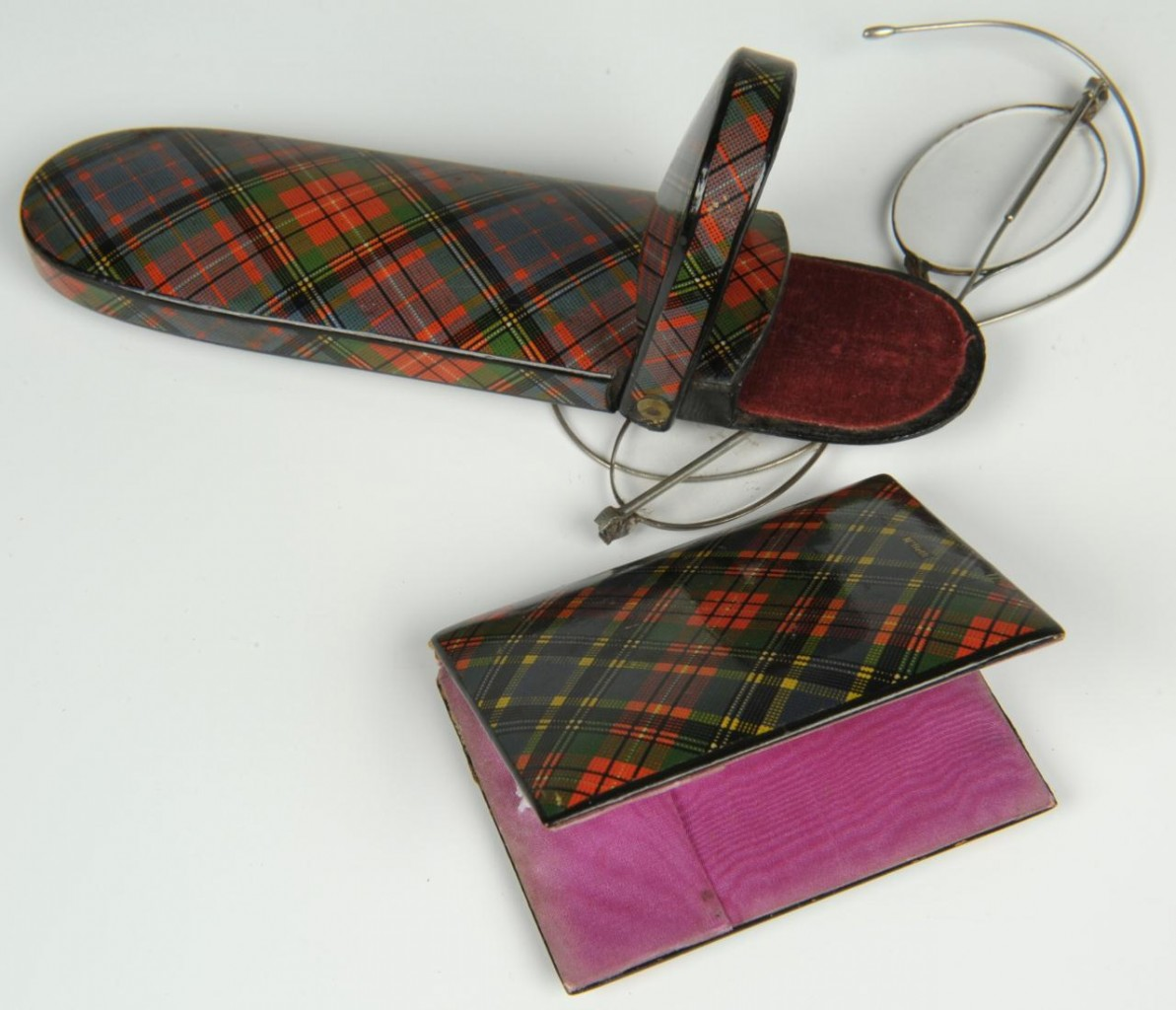Lot 582: Tartanware eyeglass and needle cases