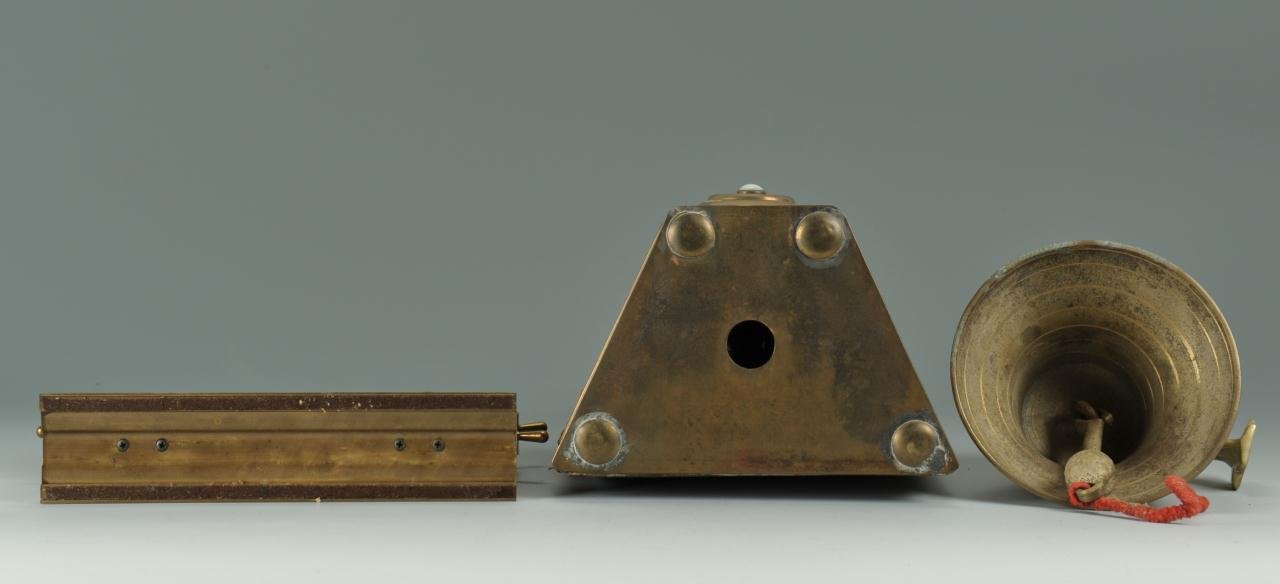 Lot 606: 3 Nautical Brass Desk Items