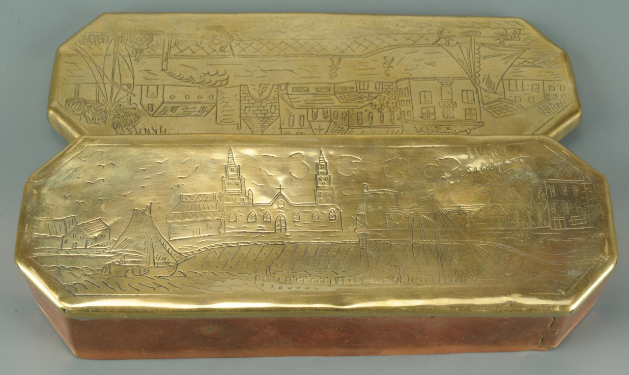 Lot 610: 2 Tobacco Boxes & 2 Vintage Wallets, 4 items