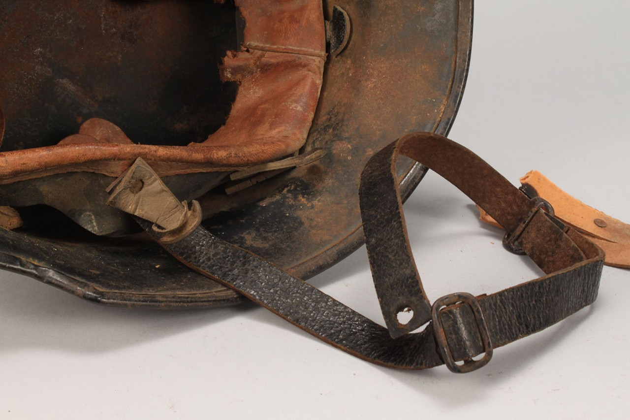 Lot 620: German WW II M34 Police/Fireman Helmet