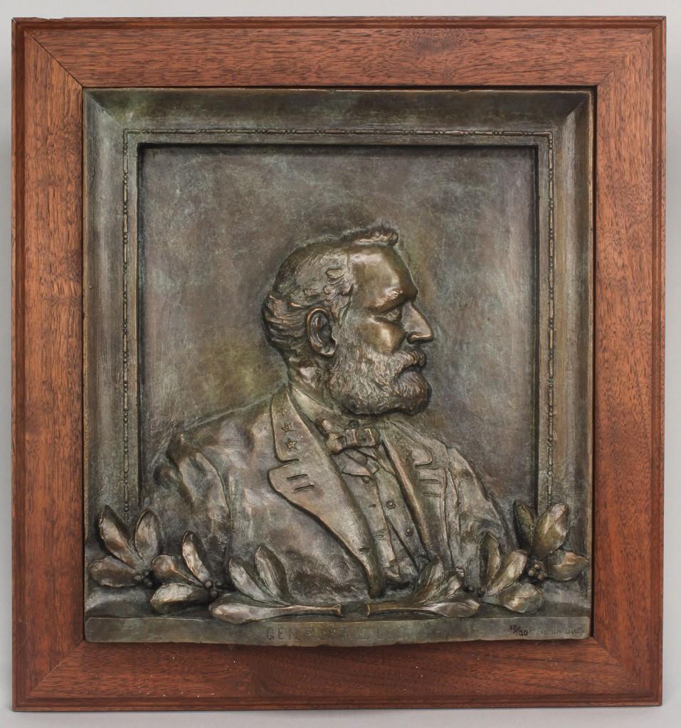 Lot 622: Bronze Portrait Plaque of Robert E. Lee