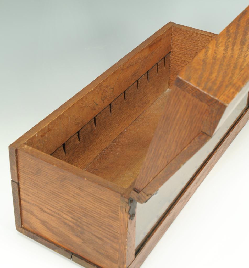Lot 651: Oak countertop display case