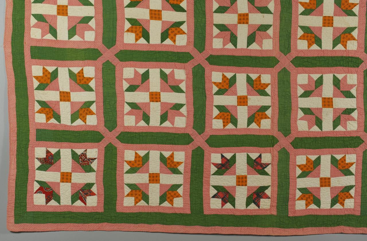 Lot 698: Ohio quilt, Tulip Variation Pattern