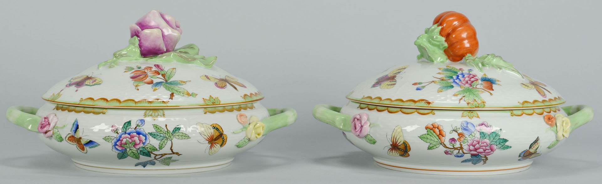 Lot 108: Herend Queen Victoria Porcelain Serving Pieces