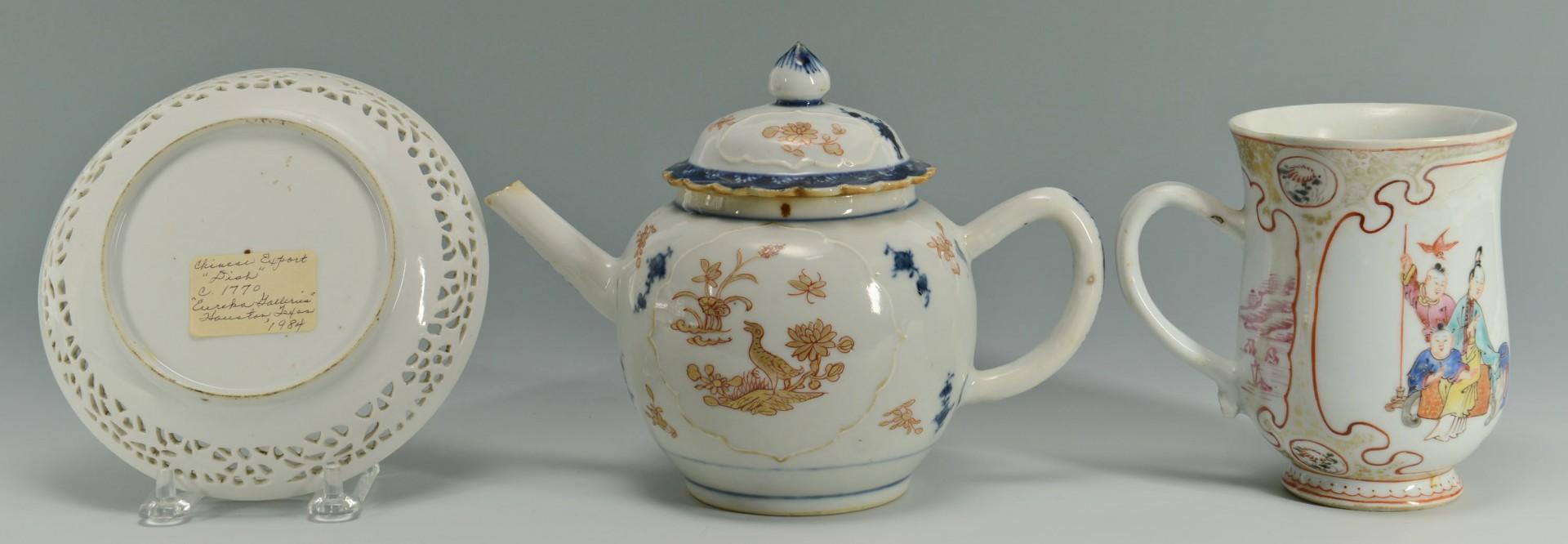 Lot 221: 3 18th c. Chinese Export Items: teapot, mug & dish