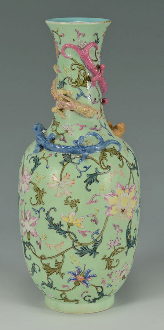 Lot 225: Chinese Famille Rose Vase w/ applied Lizards
