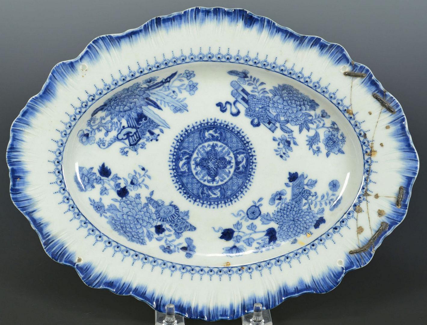 Lot 230: 18 pcs assorted Fitzhugh Chinese Export porcelain