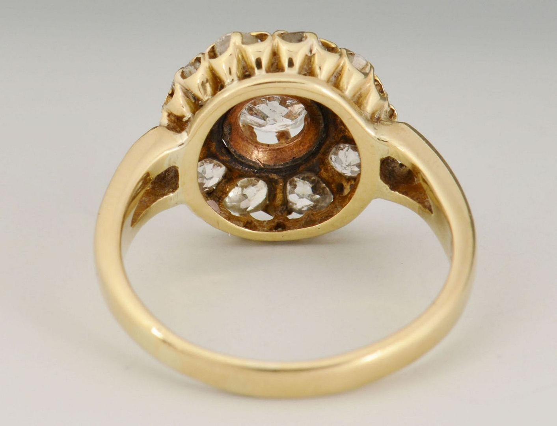 Lot 278: 18k Vintage European cut Diamond Cluster Ring