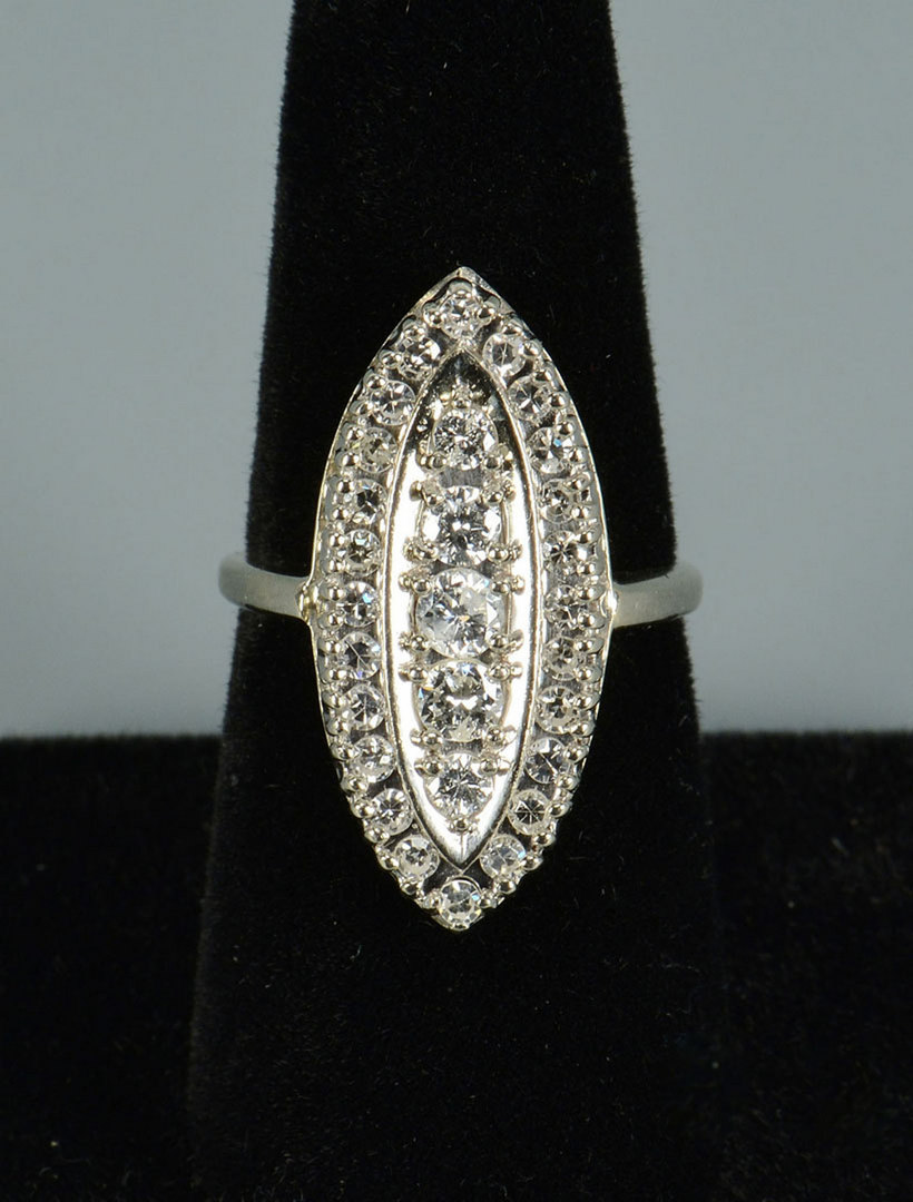 Lot 284: 14k Vintage-style Diamond Cluster Ring