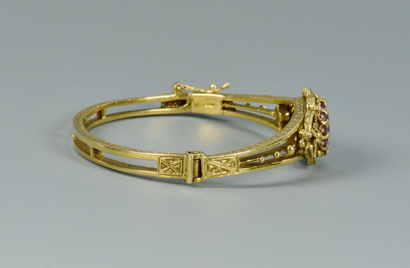 Lot 285: 14k Victorian-style Amethyst Bracelet