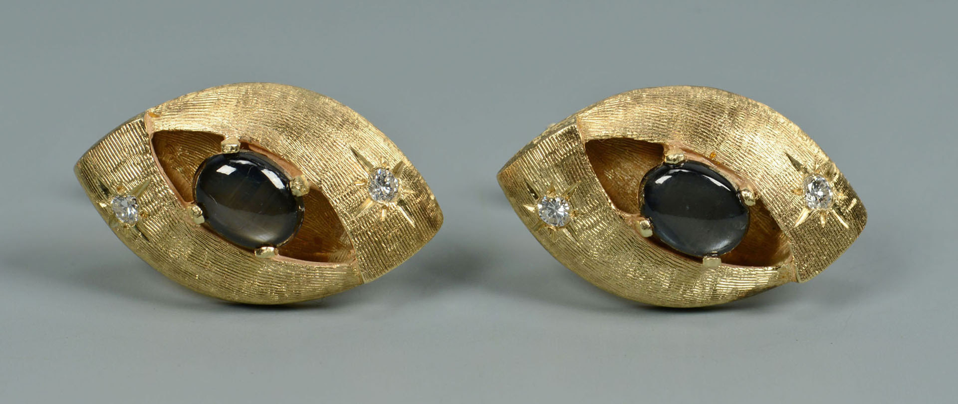 Lot 293: Grouping of 10K & 14K Gold Men's Jewelry, 4 items