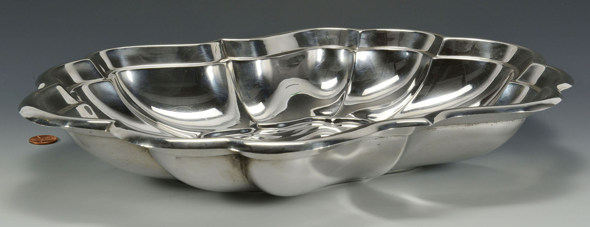Lot 308: Reed & Barton silver oval fruit bowl
