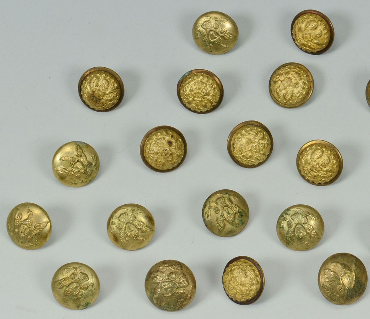 Lot 314: Civil War and Indian War Military Buttons