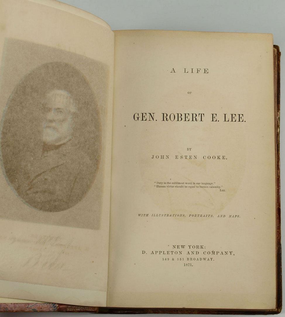 1 Lot of 18 Books Robert Ludlum's Paper Back Novels including some Bourne Books