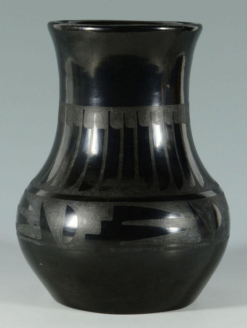 Lot 390: Maria & Santana San Ildefonso Black Ware Jar