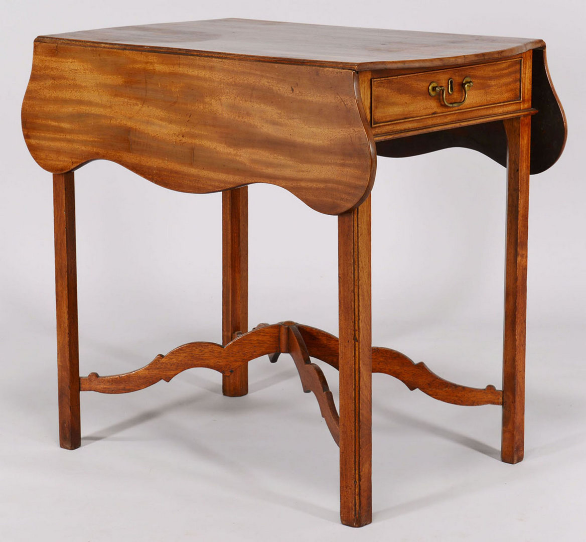 Lot 424: George III Pembroke Table with arched stretcher