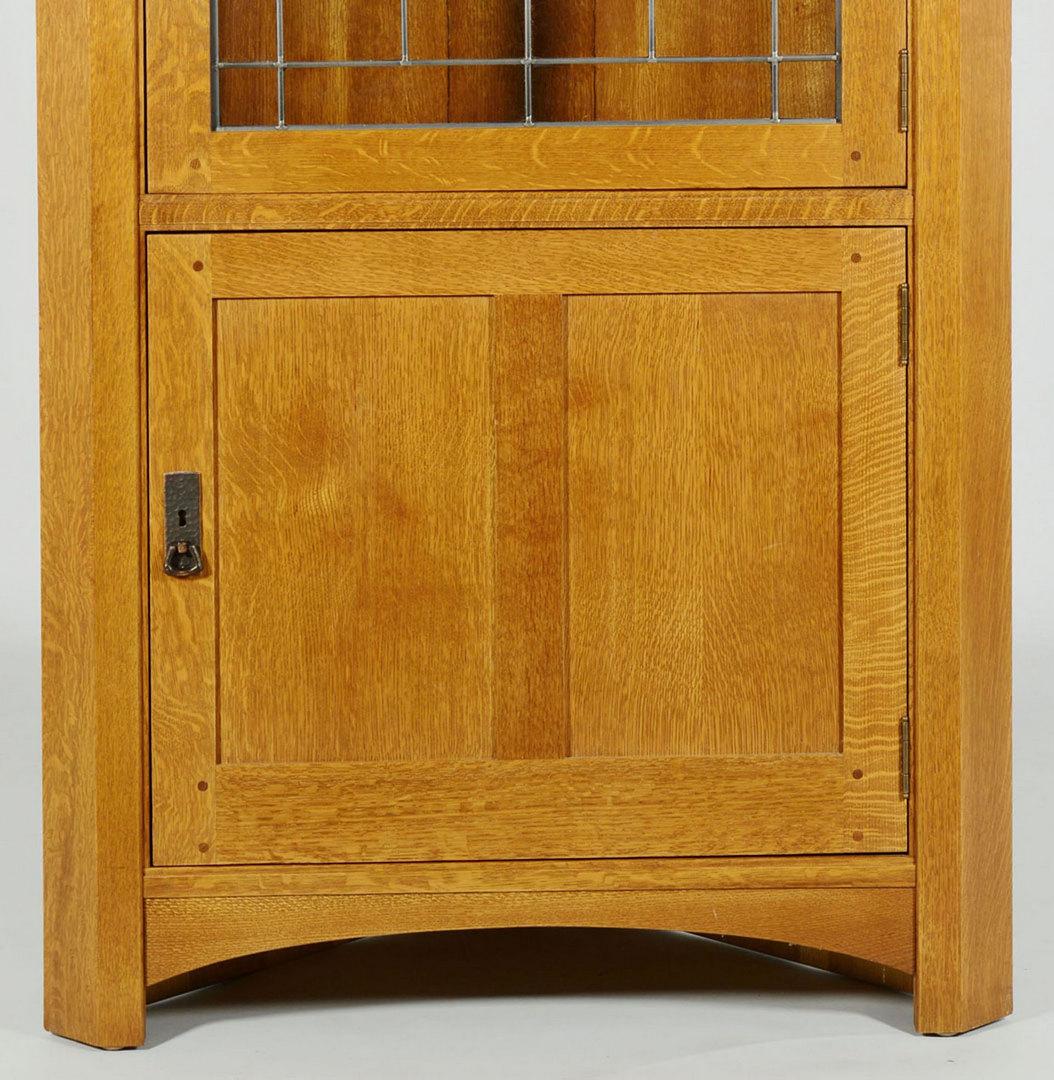Lot 432: Contemporary Stickley Oak Corner Cupboard