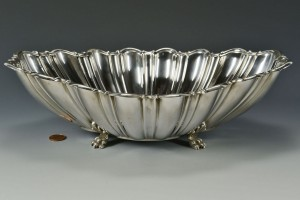 Lot 472: Reed and Barton sterling center bowl - Image 1