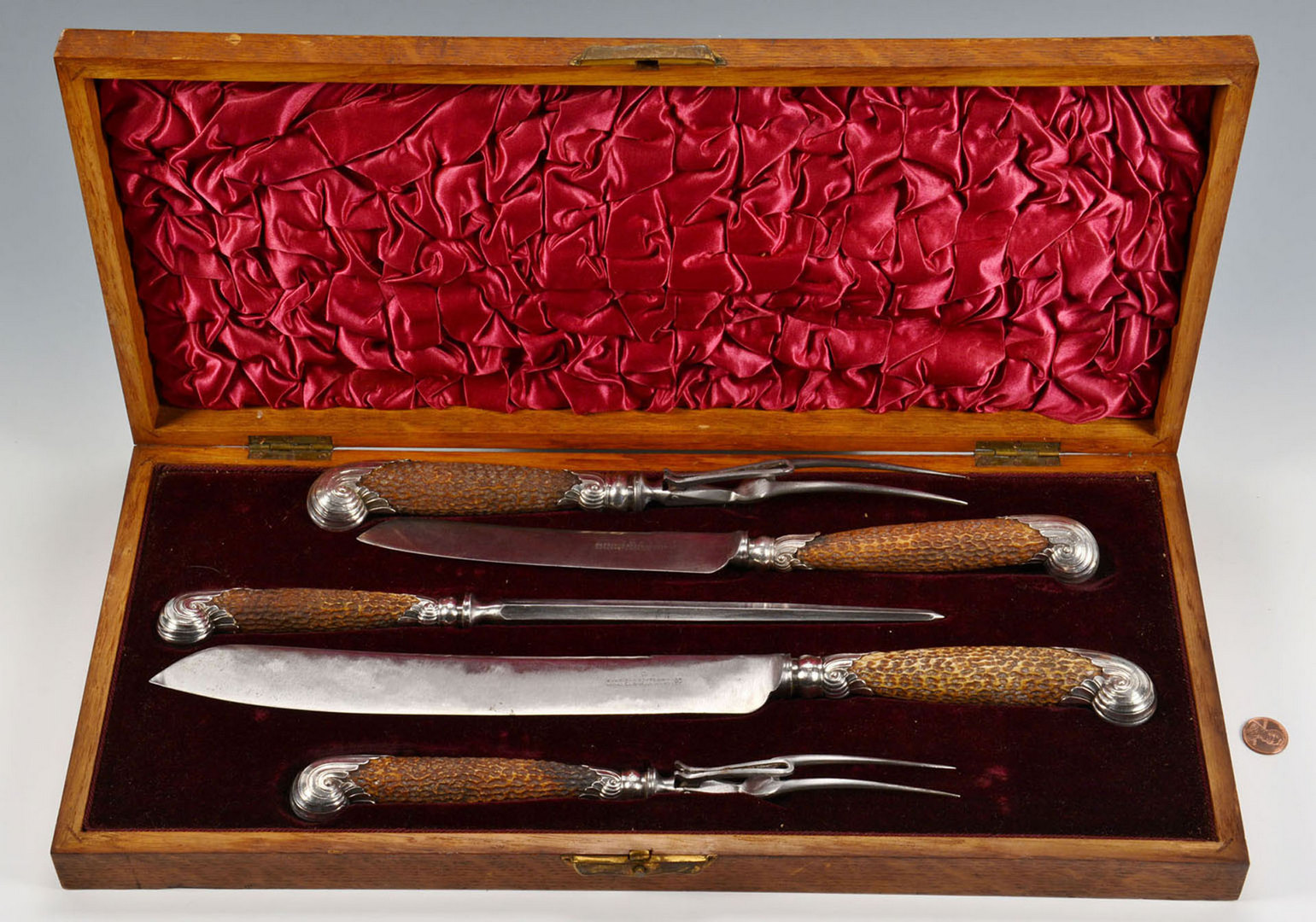 Lot 477: Oak cased Sterling Stag Handle Carving Set