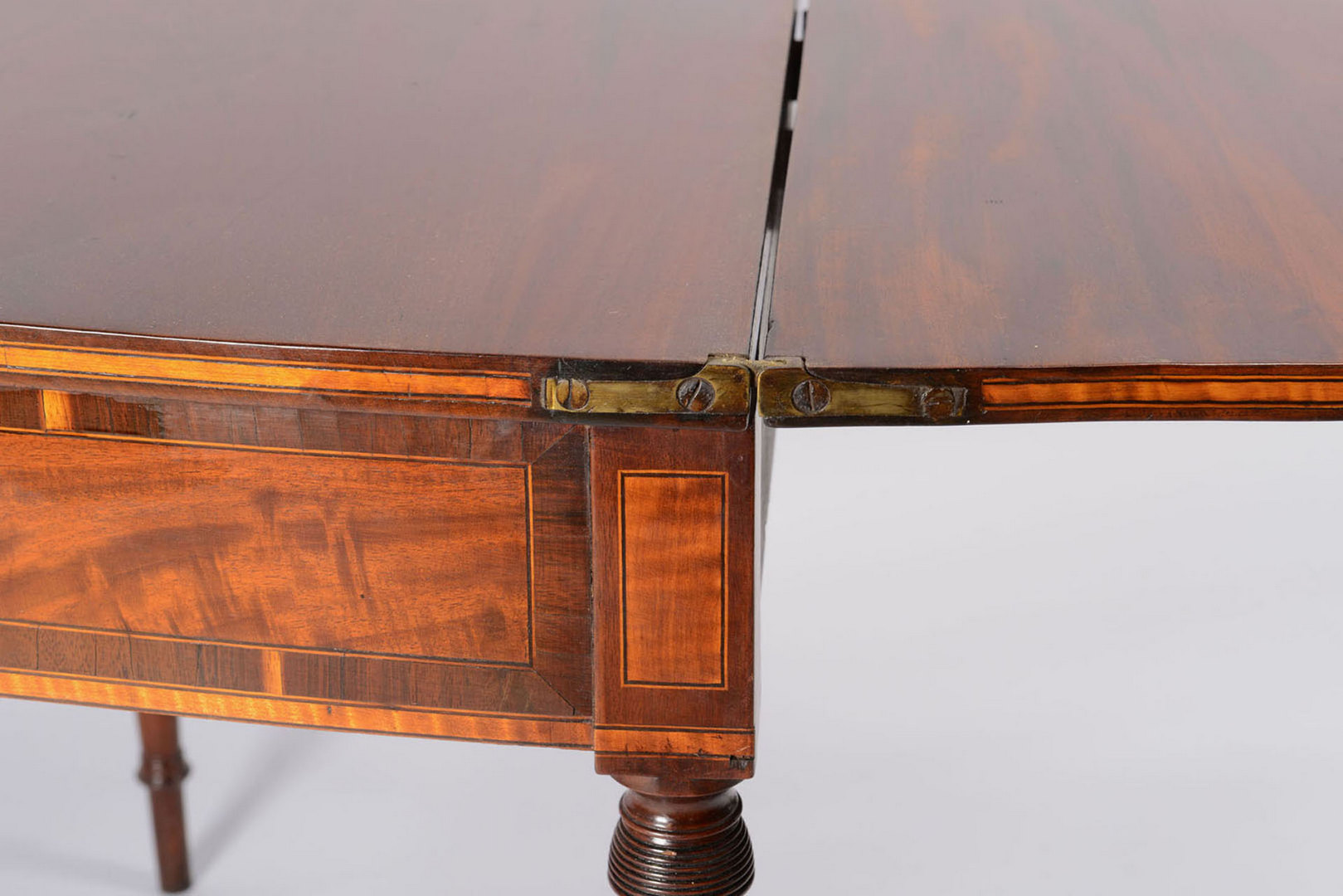 Lot 48: Federal Inlaid Card Table