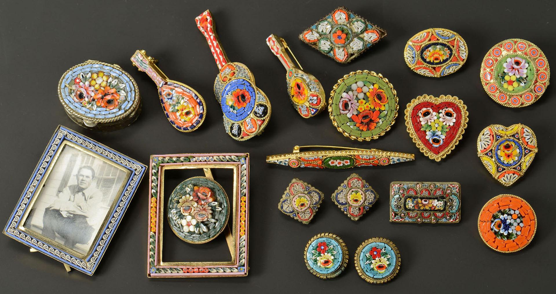 Lot 494: Group of Vintage Italian Micromosaic Jewelry
