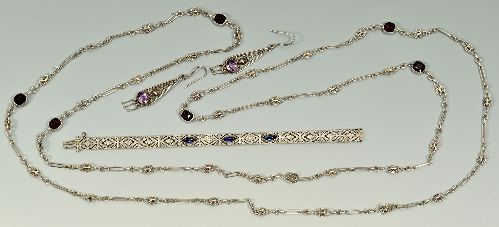 Lot 499: Group of Vintage Lady's Jewelry, 3 items