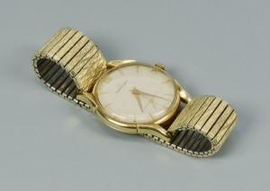 Lot 500: 14k man's Girard Perregaux wristwatch