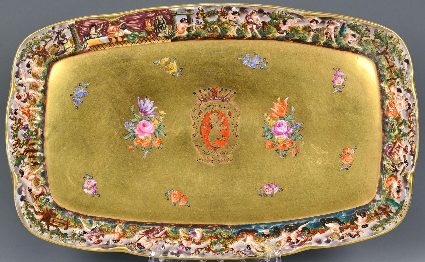 Lot 565: 5 Capodimonte items inc. armorial tray