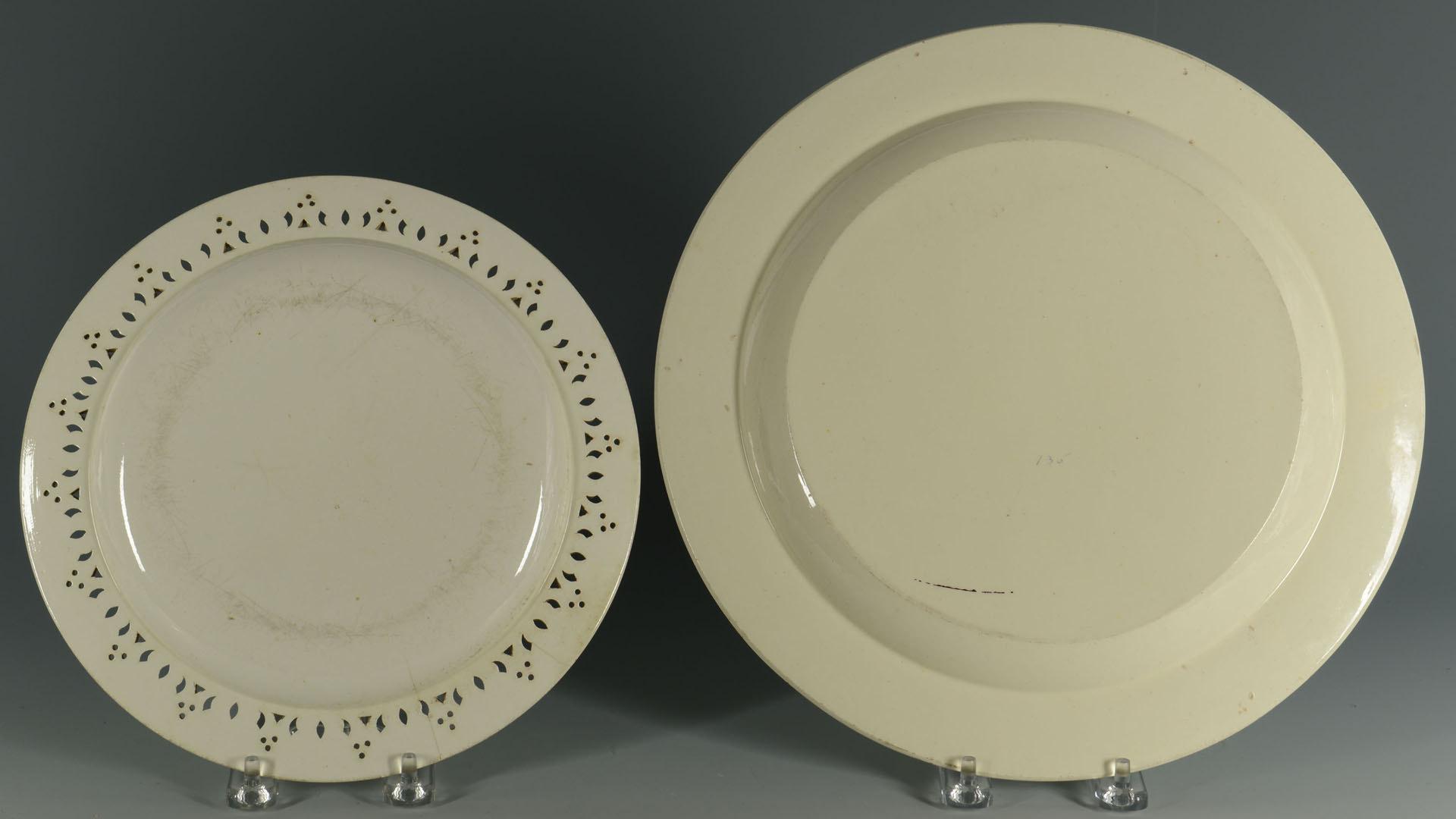 Lot 576: Lot of 19th c. English ceramics: lustre, creamware
