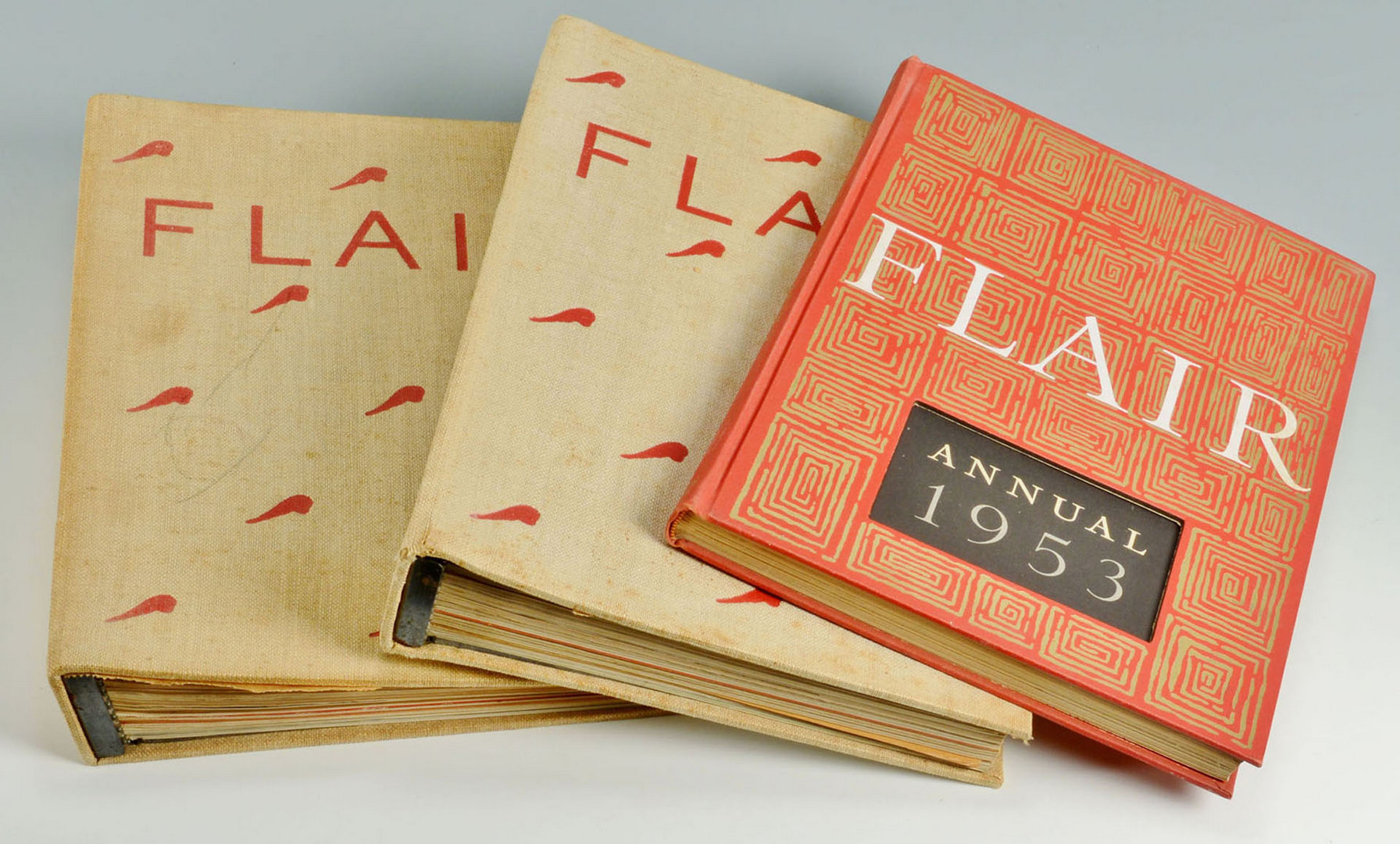 Lot 614: Collection Flair Magazines & 1 Flair Annual, signe