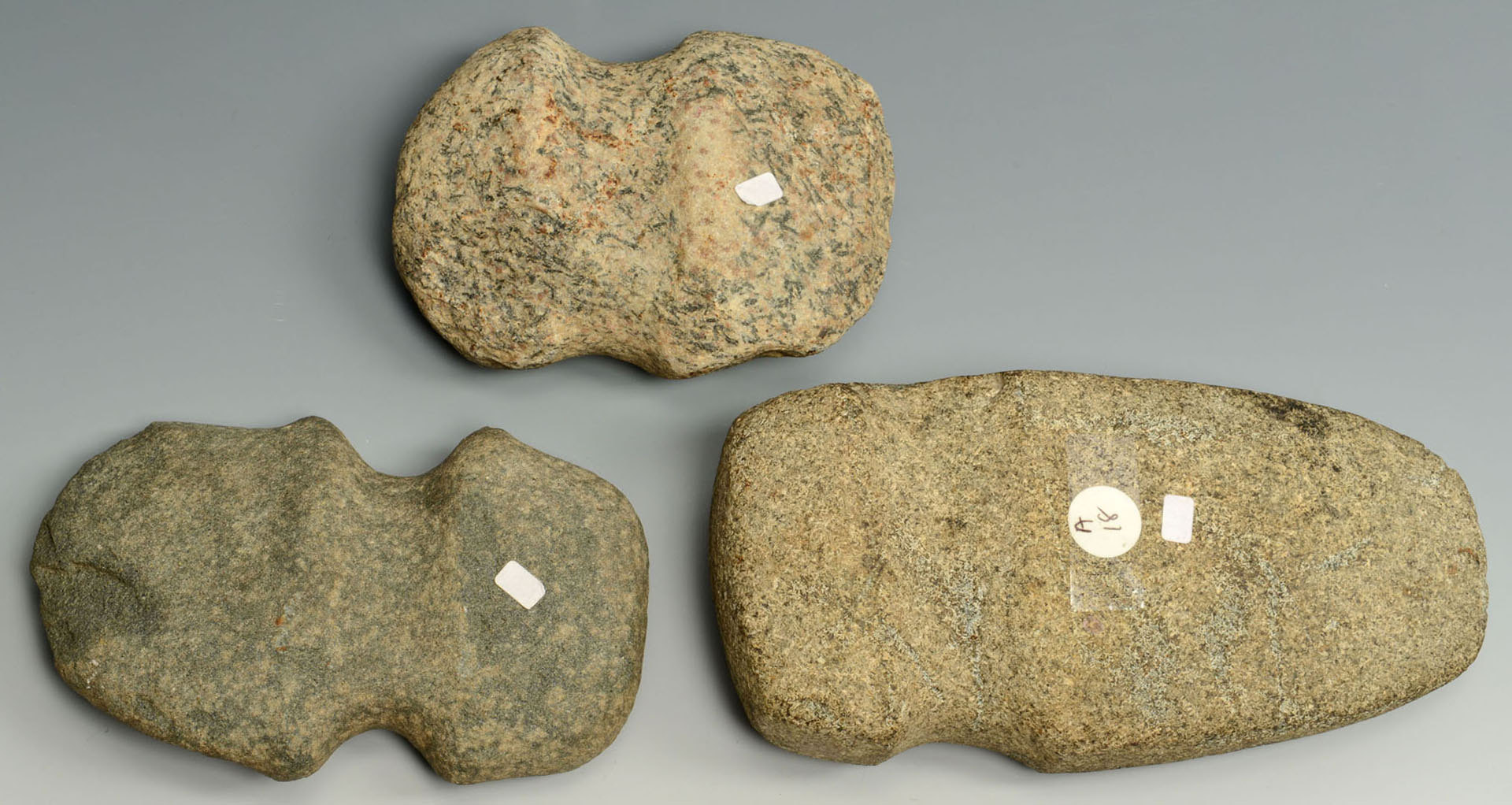Lot 641: 3 Three Quarter 3/4 Grooved Axes
