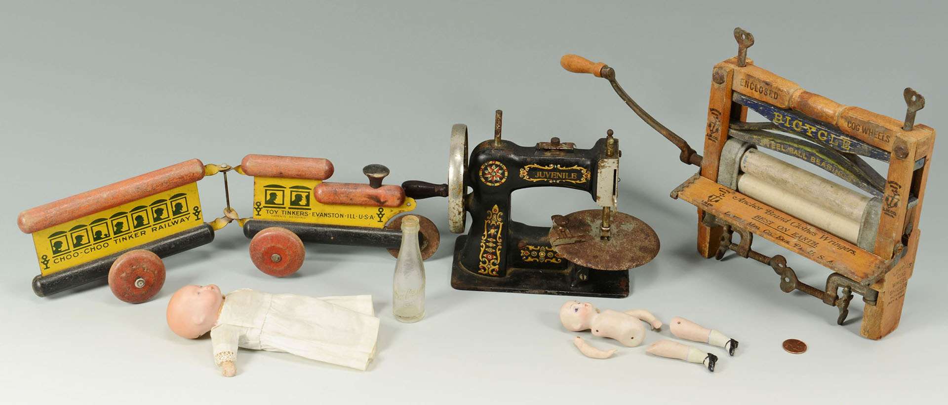 Lot 650: Collection of Toy and Salesman Sample items, 6 ite