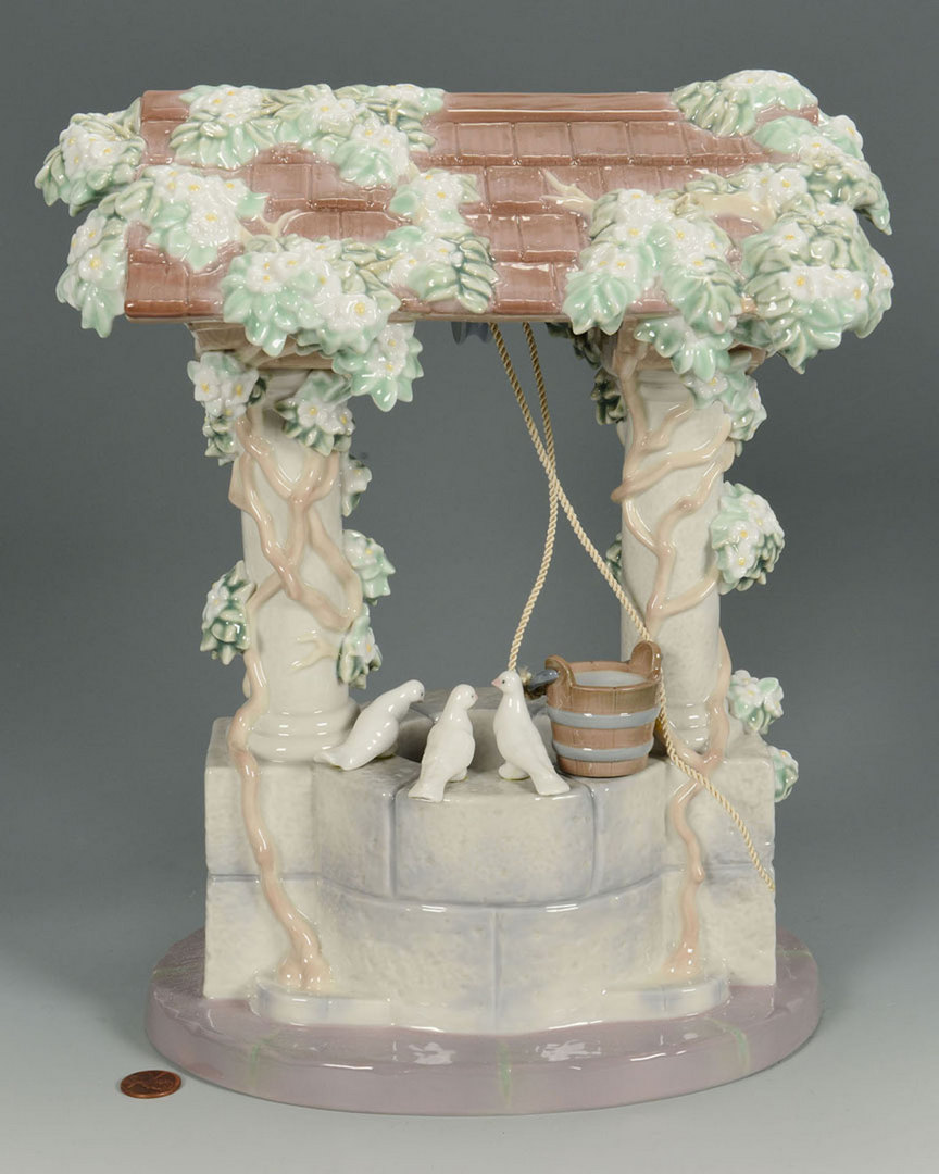 Lot 658: Lladro Snow White's Wishing Well